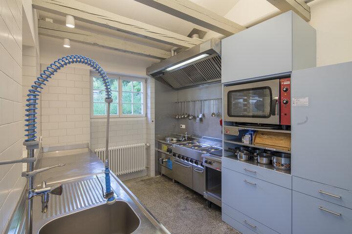 Heimverein glockenhof pfadiheim alt uetliberg for Gastroküche